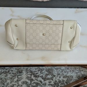 Gucci Bags - Gucci Guccissima Leather Mayfair Tote
